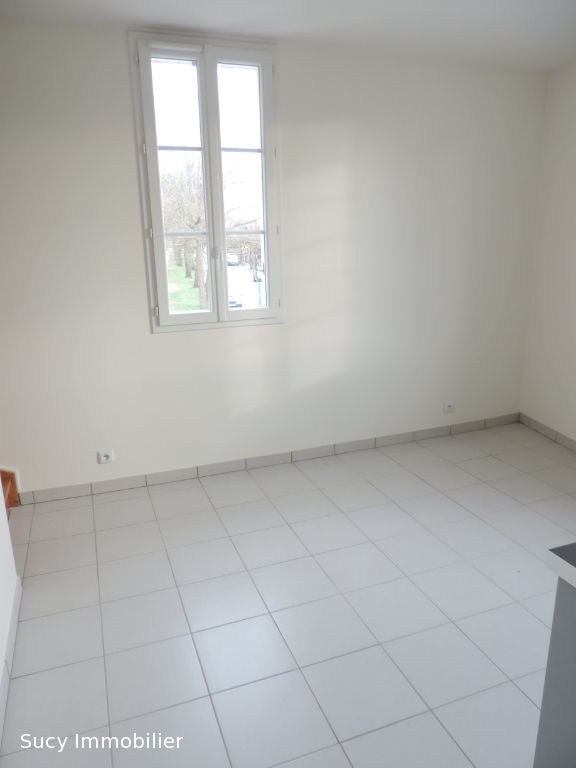 Appartement  de type F1 en duplex